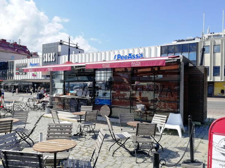 Piazza Bar & Cafe
