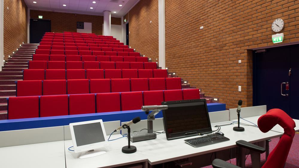 CA100 auditorio