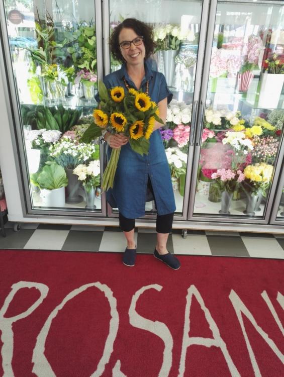 Kukka- ja hautauspalvelu Rosanna