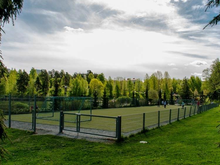Valkeisenlampi | Vapaa-aika ja pelikentät