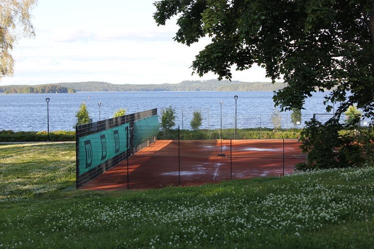 Väinölänniemen tenniskenttä