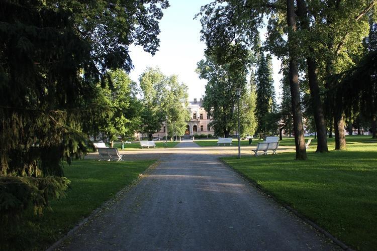 Piispanpuisto